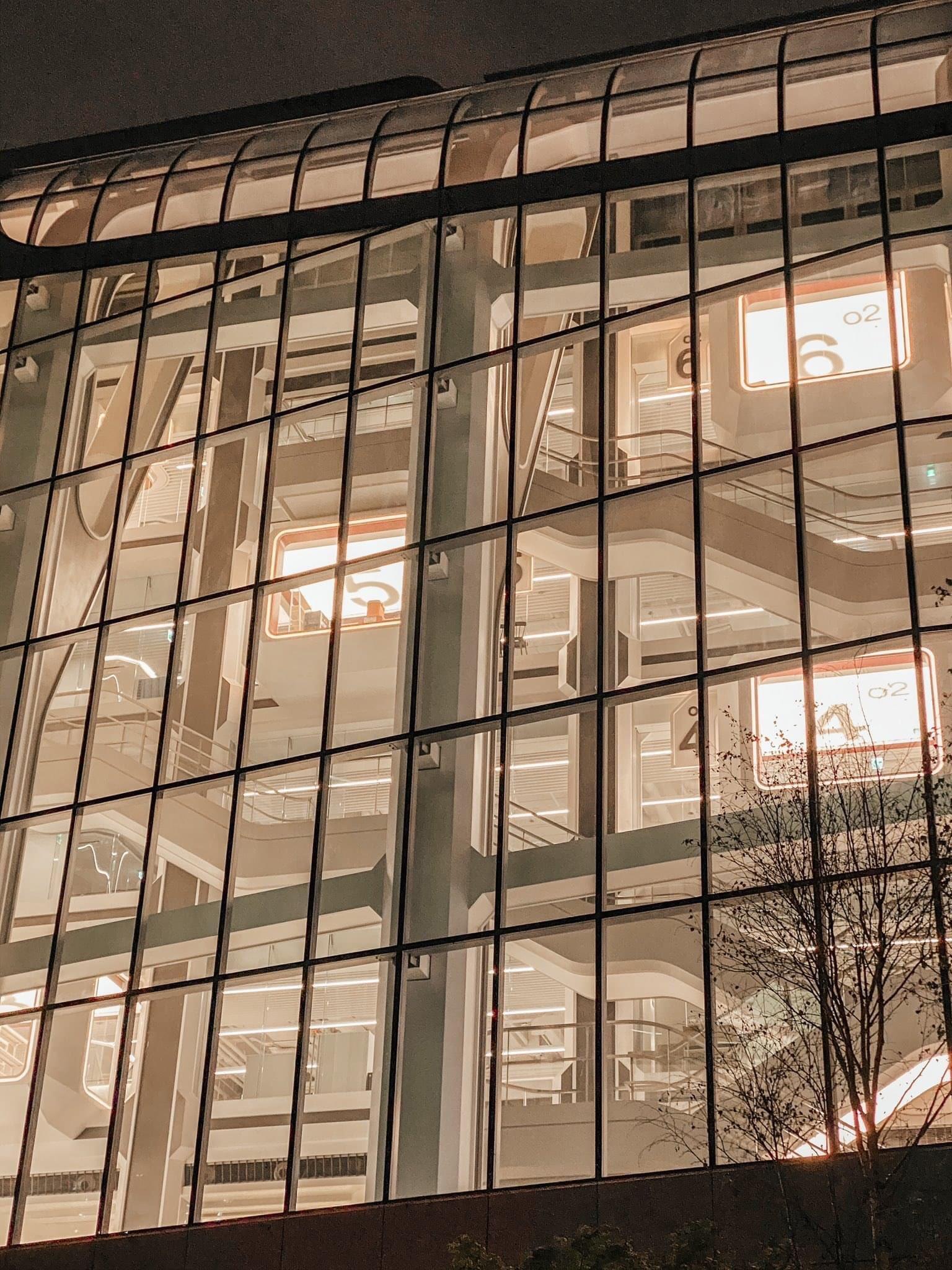 YG娱乐新豪华大楼终于竣工 年底全面入驻 各种设施一应俱全