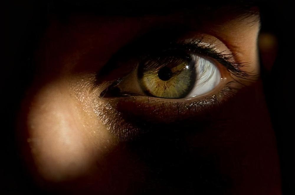 女人的第六感到底有多准?你是否被吓到过?