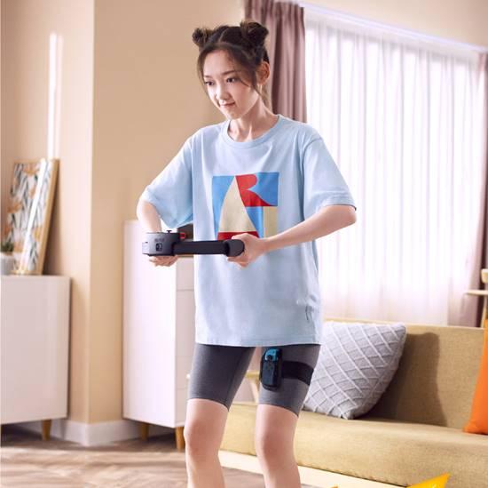 硬糖少女代言健身环大冒险,希林哪吒头,王艺瑾郑乃馨笑得太甜