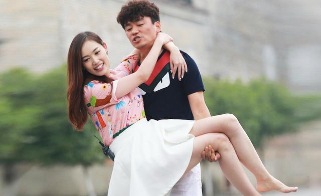 悲情明星王宝强,39岁才活明白,为何看重亲情的他,此时更动人?