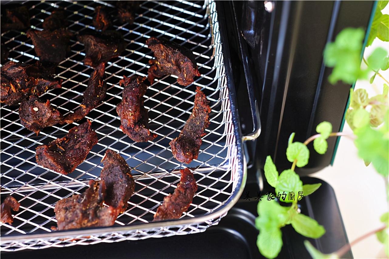自製牛肉乾,好吃又划算,做法簡單零添加,健身減肥必備