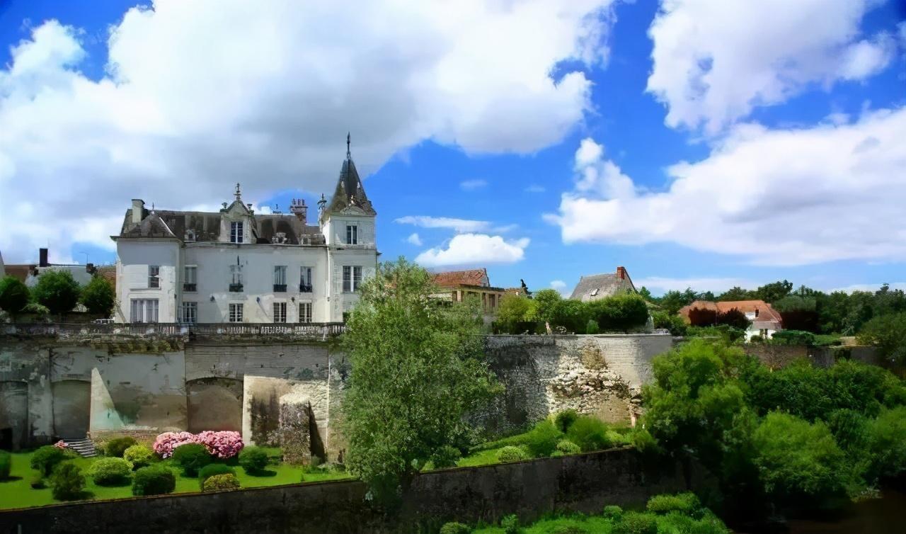 都是水,法国人却搞出了不同的特色小镇