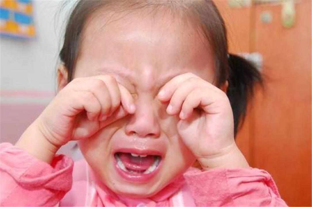 """孩子遇事爱哭,针对""""爱哭体质""""的孩子,家长用这种方法很奏效"""