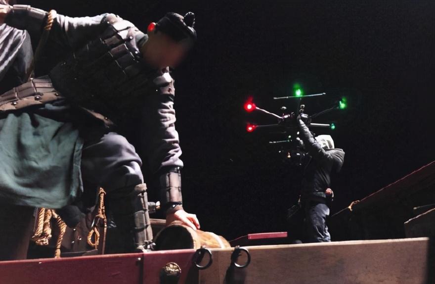 《海盗2》工作人员确诊,拍摄仍继续,停拍呼声越来越大