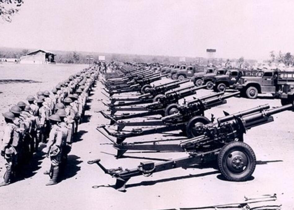 抗战时,国军美械师与美军师装备PK:重火力只有对方零头