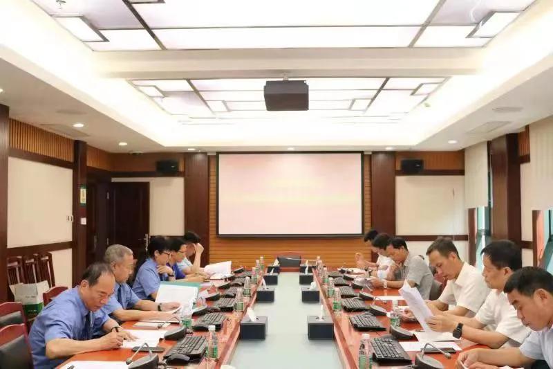 三亚市检察机关召开检察教育队伍整顿征求意见建议座谈会