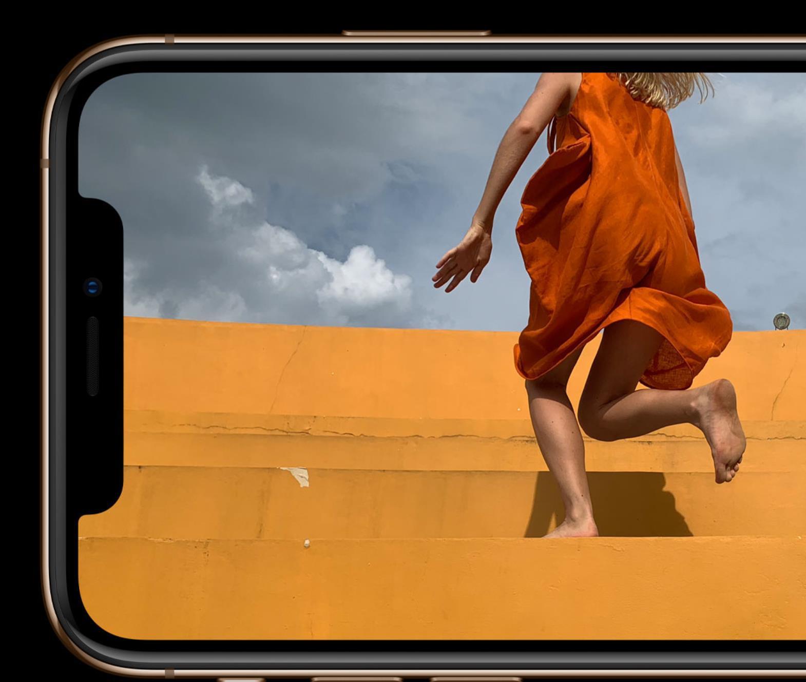iphonex屏幕狂闪绿屏(iphonex摔了之后闪绿屏)