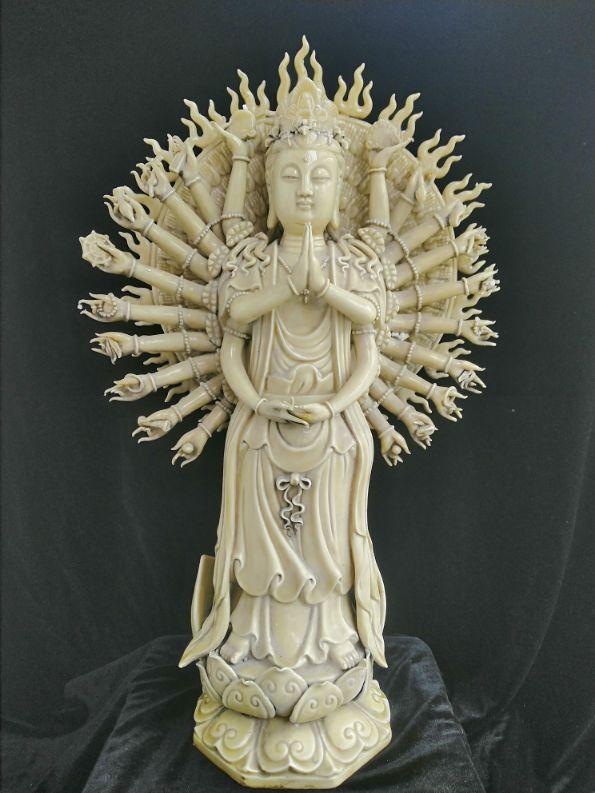 再论明代瓷圣何朝宗之十八一一艺术性与作品