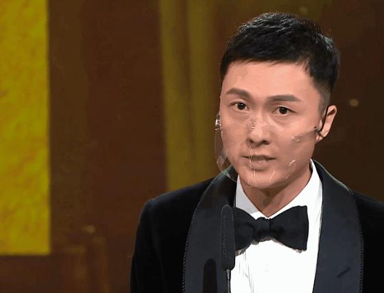 TVB颁奖礼槽点:王浩信得奖老婆表情亮了,人人戴透明口罩被嘲