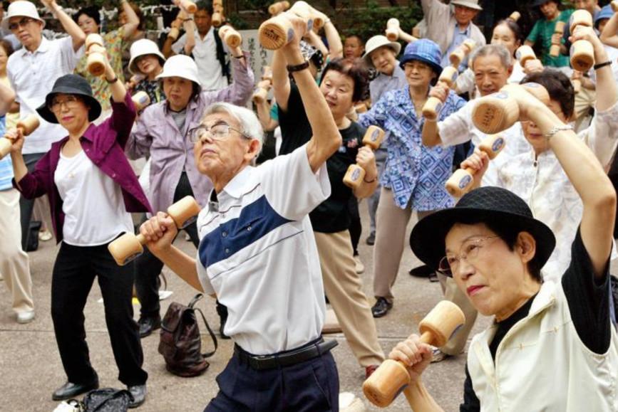 看了这些日本老人的精致晚年生活,网友:不再害怕老去