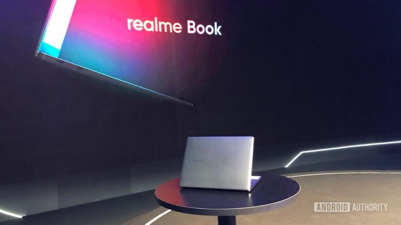 索尼Airpeak S1专业无人机售价5.7万元;realme Book真机提前上手