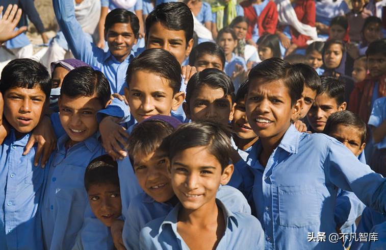 将反超中国,成世界人口第一国?印度人口疯狂增长,如今难以控制