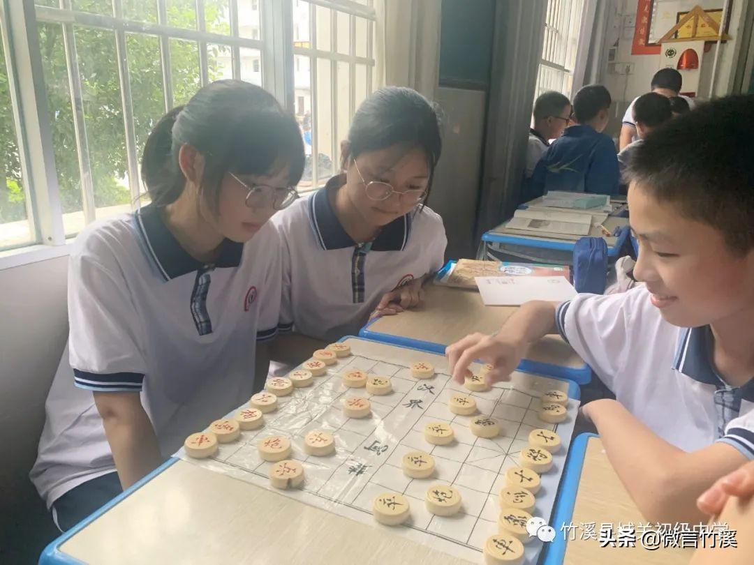 """竹溪城关中学:落实""""双减""""政策 丰富课后服务"""