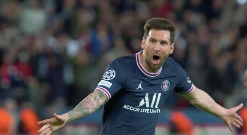 2-0曼城!梅西迎来巴黎生涯首球 张开双臂狂奔 4.6万名球迷疯狂庆祝