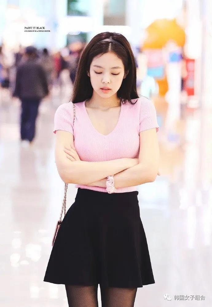 这位女团爱豆的香奈儿机场时尚TOP2