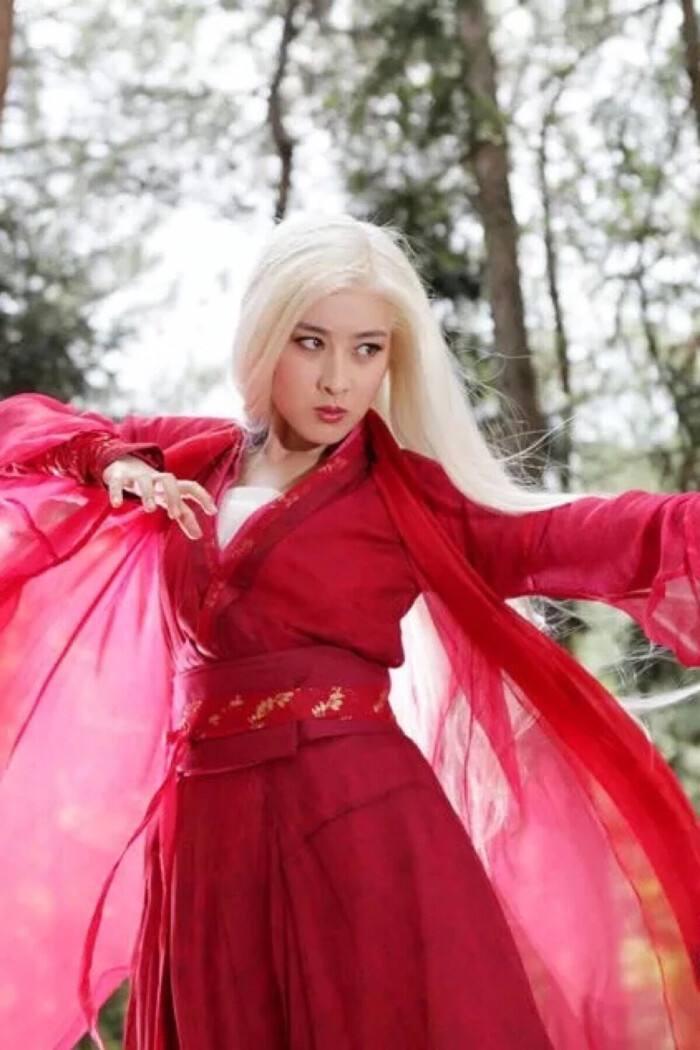 于正翻拍《云海玉弓缘》?难超林峯、叶璇、李彩桦主演的TVB版
