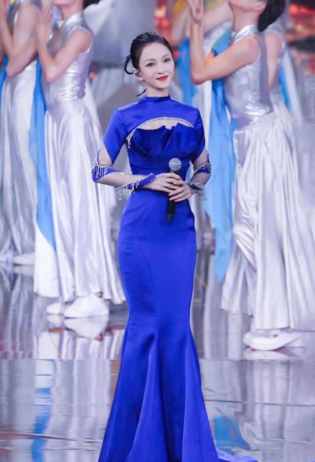 央视晚会:刘涛主持大气,韩红肉眼可见变瘦!张韶涵蚂蚁腰太抢镜