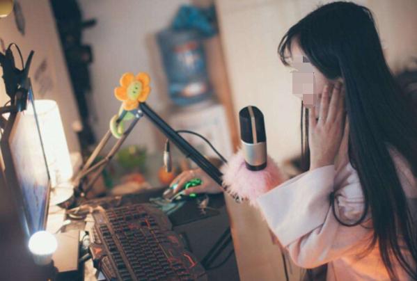 抖音直播怎么开 抖音直播怎么赚钱 抖音直播需要什么设备