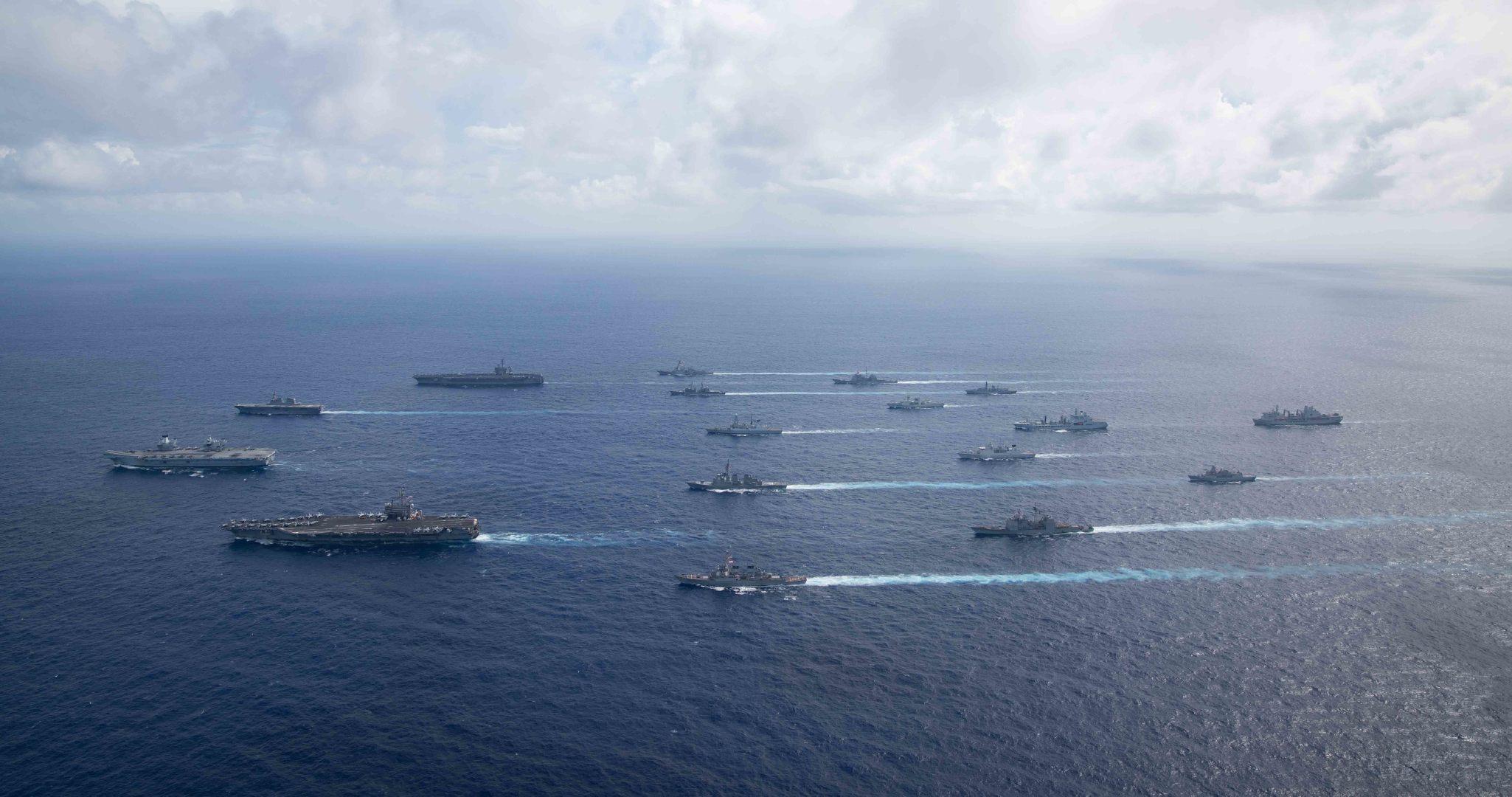 六国西太军演,四艘航母联合叫板,矛头直指中国,解放军严阵以待