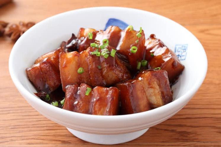 做红烧肉,有一种料不能放,会让肉发柴腥味大,牢牢记住正确用料 美食做法 第1张