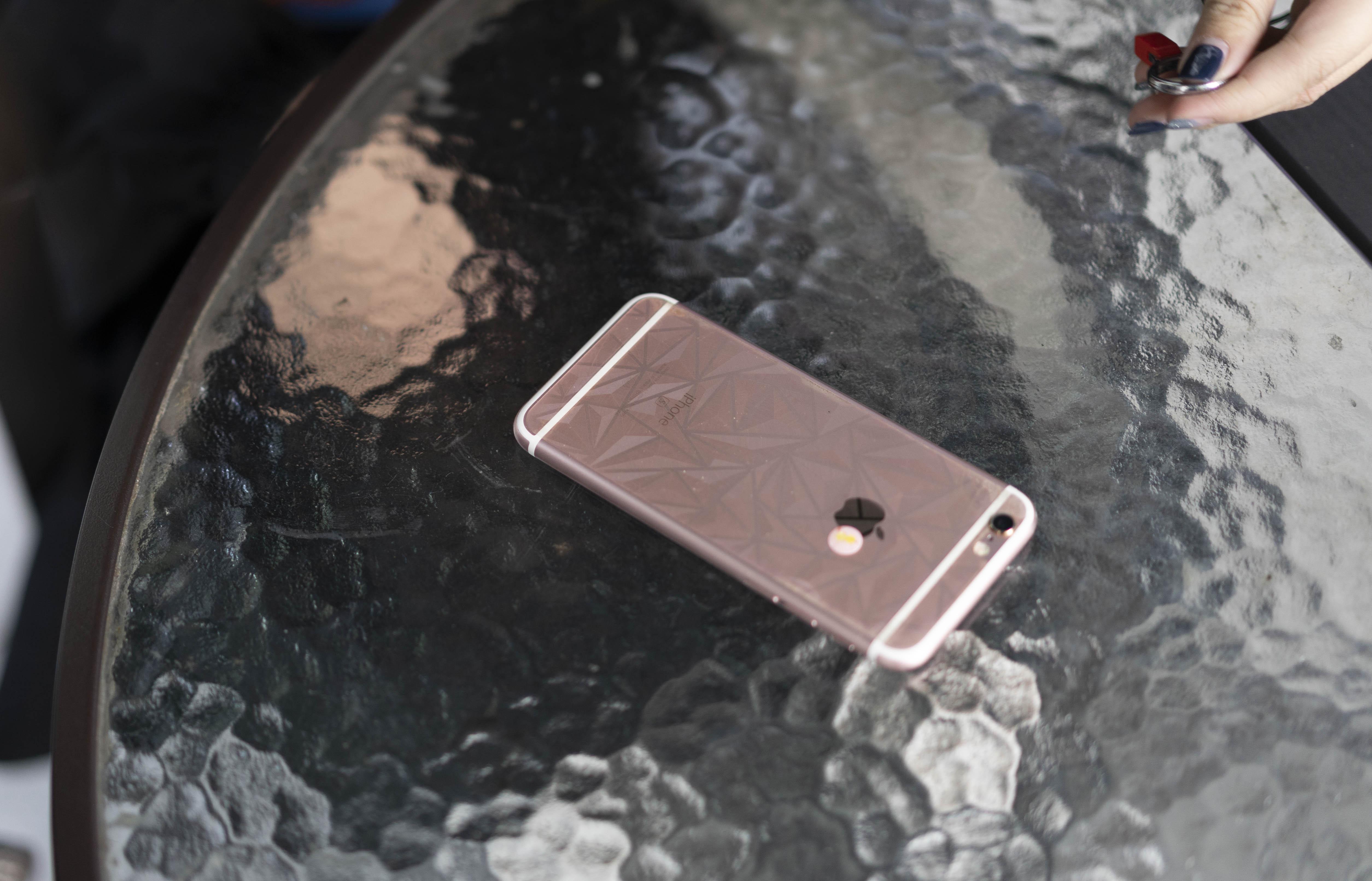 快2020年了,你怎么还在用iPhone 6s?