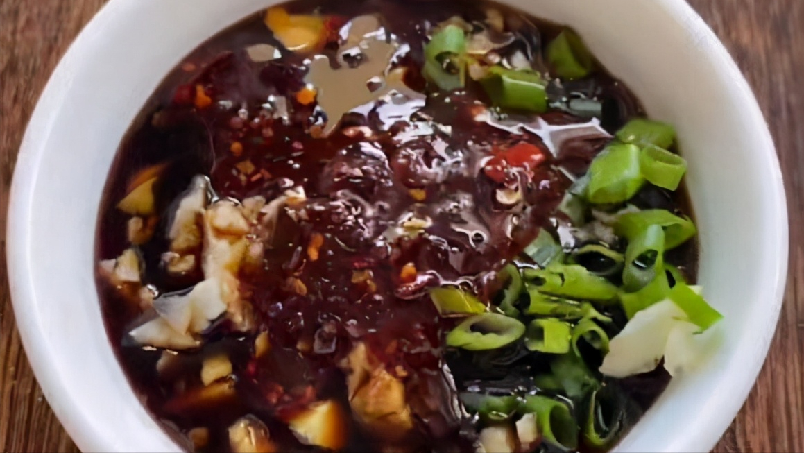 市场买来它,别总腌着吃,一拌再一蒸,6分钟出锅,蘸料吃真鲜香 美食做法 第8张