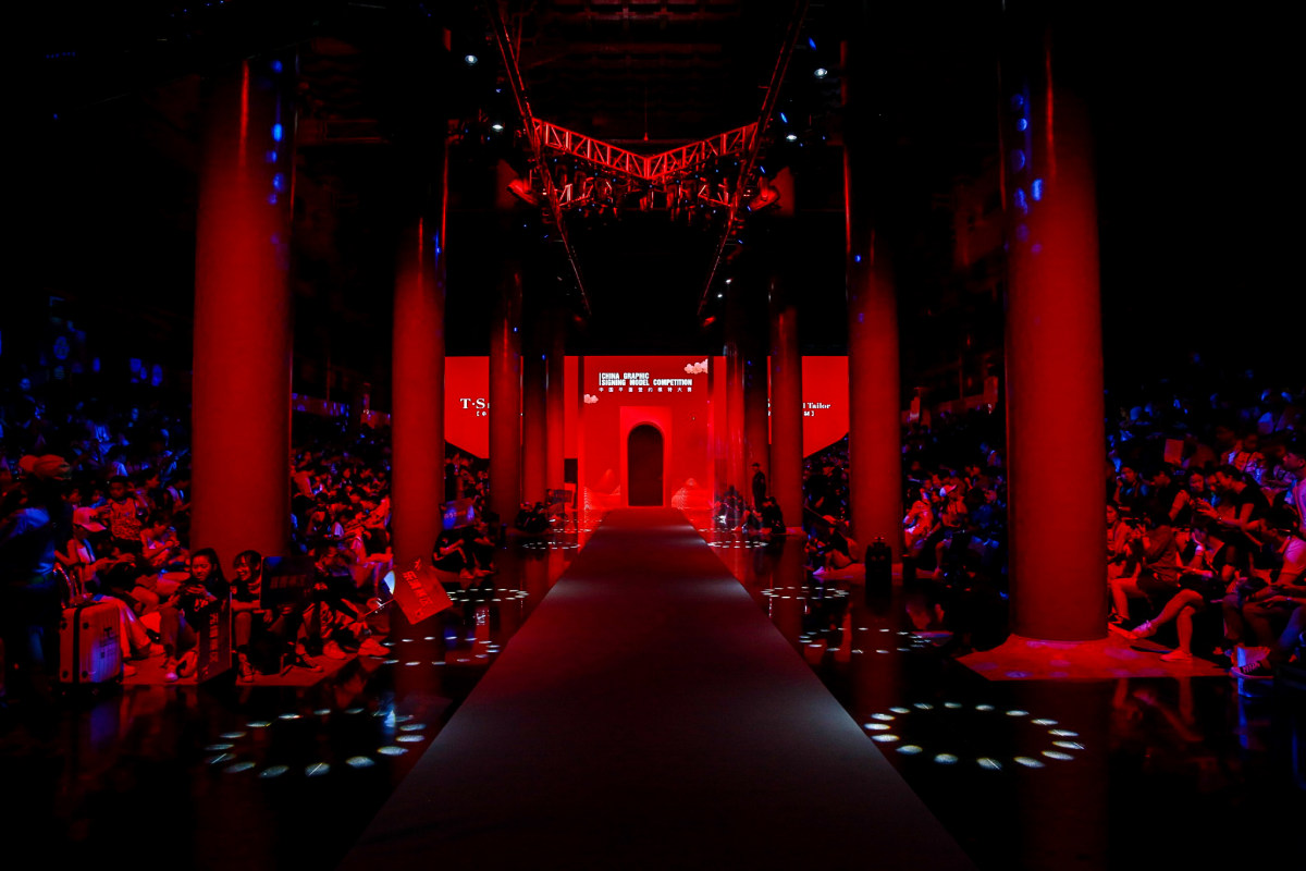 中国平面签约模特大赛全国总决赛麻楚言勇夺人气亚军闪耀绽放