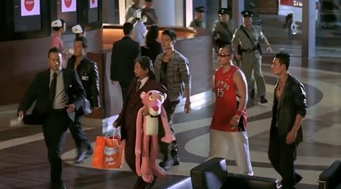 《杀破狼》幕后那些事,电影有两个结局,甄子丹吴京打断几根甩棍