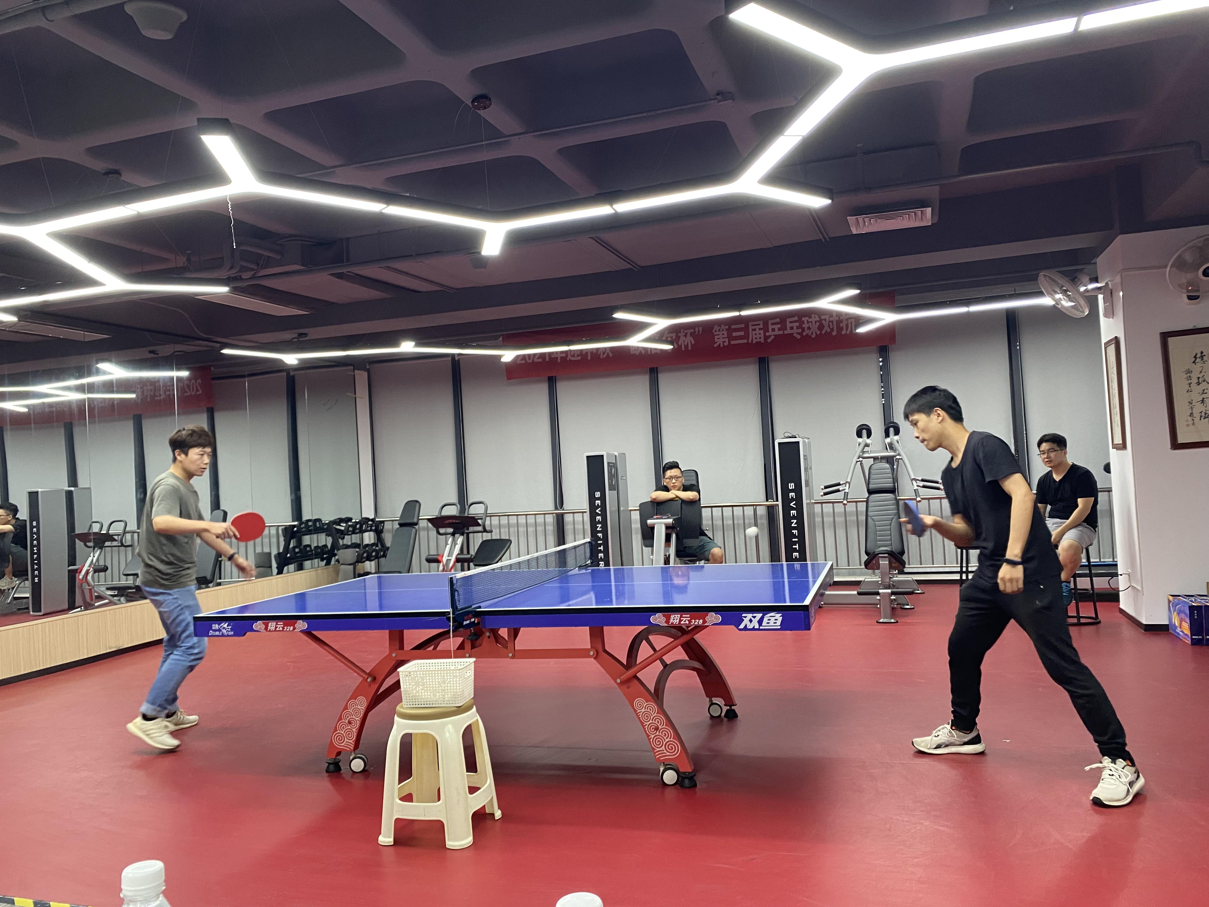 中秋快乐!月满情深,乒乓相伴,北京欧倍尔与您共婵娟