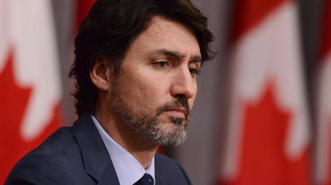 加拿大总理特鲁多下令:继续阻止美国人入境,除非美方★控制住疫情