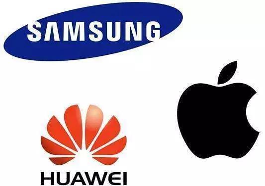 """""""华为公司""""手机上和""""荣誉""""手机上差别在哪儿?你清楚吗"""