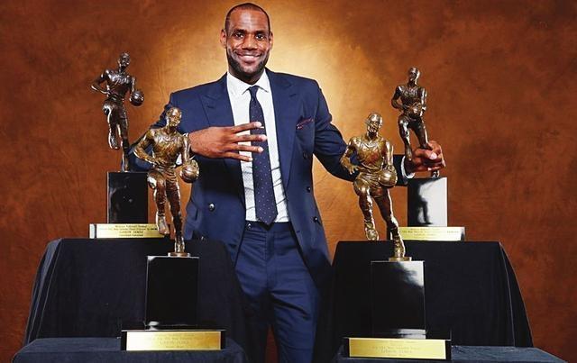 也许你不愿承认,但这5位球星可能终生都拿不到MVP!保罗上榜