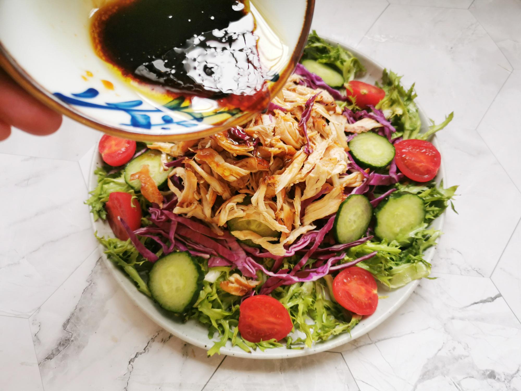 减脂不等于节食,荤素搭配的减脂餐,10分钟搞定,越吃越瘦 减肥菜谱 第6张