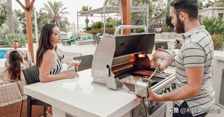 小伙网上卖自营品牌烧烤设备,月销售25万美元,利润率达30%