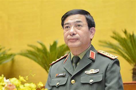 越南國防部長潘文江,1960年出生在太原省,身穿的軍裝都叫啥名?