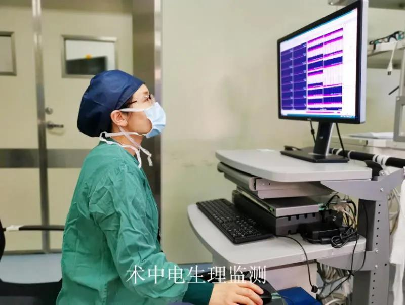 八岁孩子患痉挛型脑瘫 七小时手术让他获新生