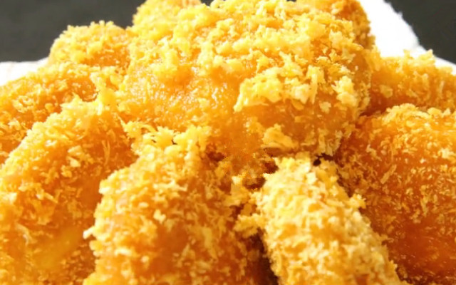 南瓜饼在家做法 外酥里嫩 金黄酥脆 咬一口满嘴香!