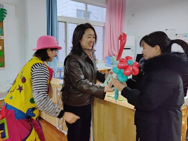 """汉滨区教体系统庆""""三八""""活动丰富多彩"""