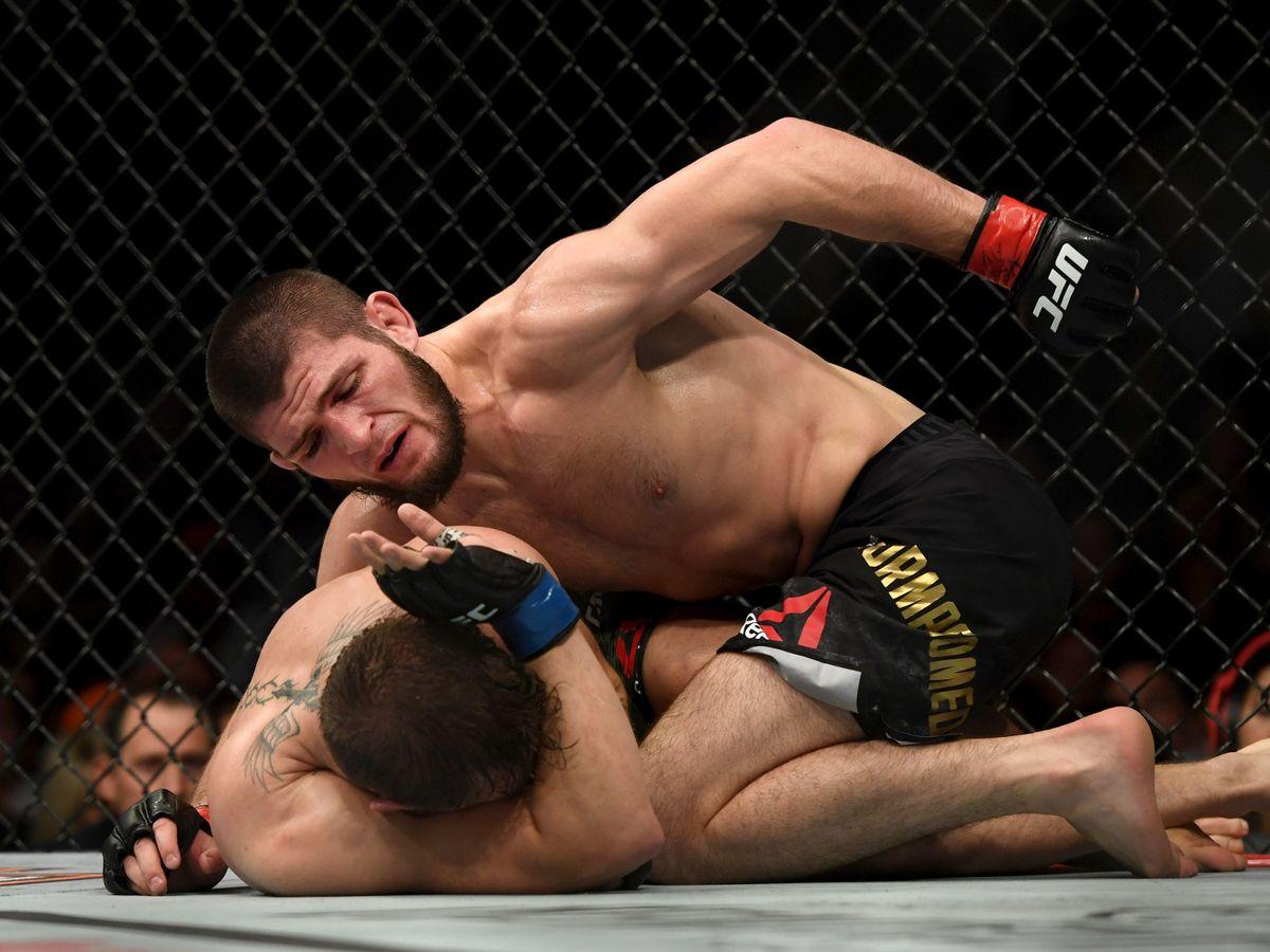 UFC主席:我与小鹰谈过了,取消退役计划,还要打最后一场比赛