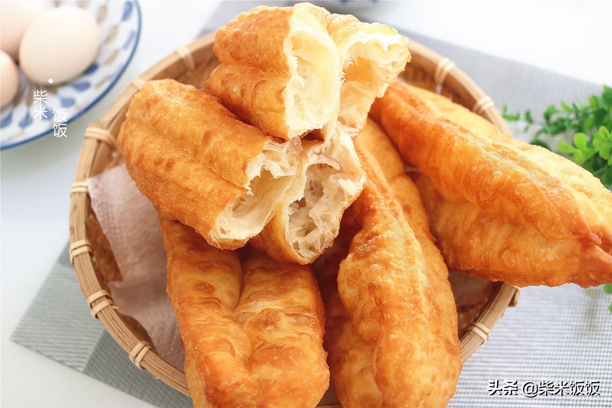 普通麵粉炸油條,不用泡打粉,又香又酥,比買的好吃