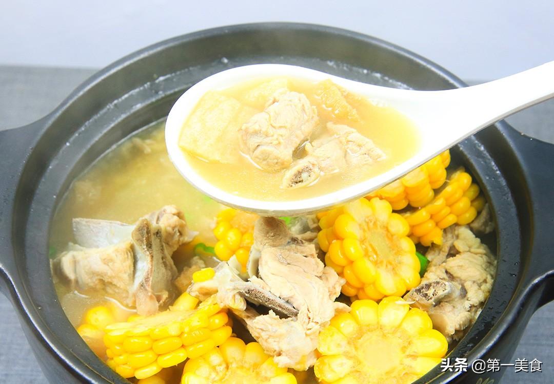 【玉米炖排骨】做法步骤图 汤清肉嫩 鲜香浓郁