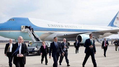 空军一号有多安全?美国总统专机,为何被称为无法击落的飞机?
