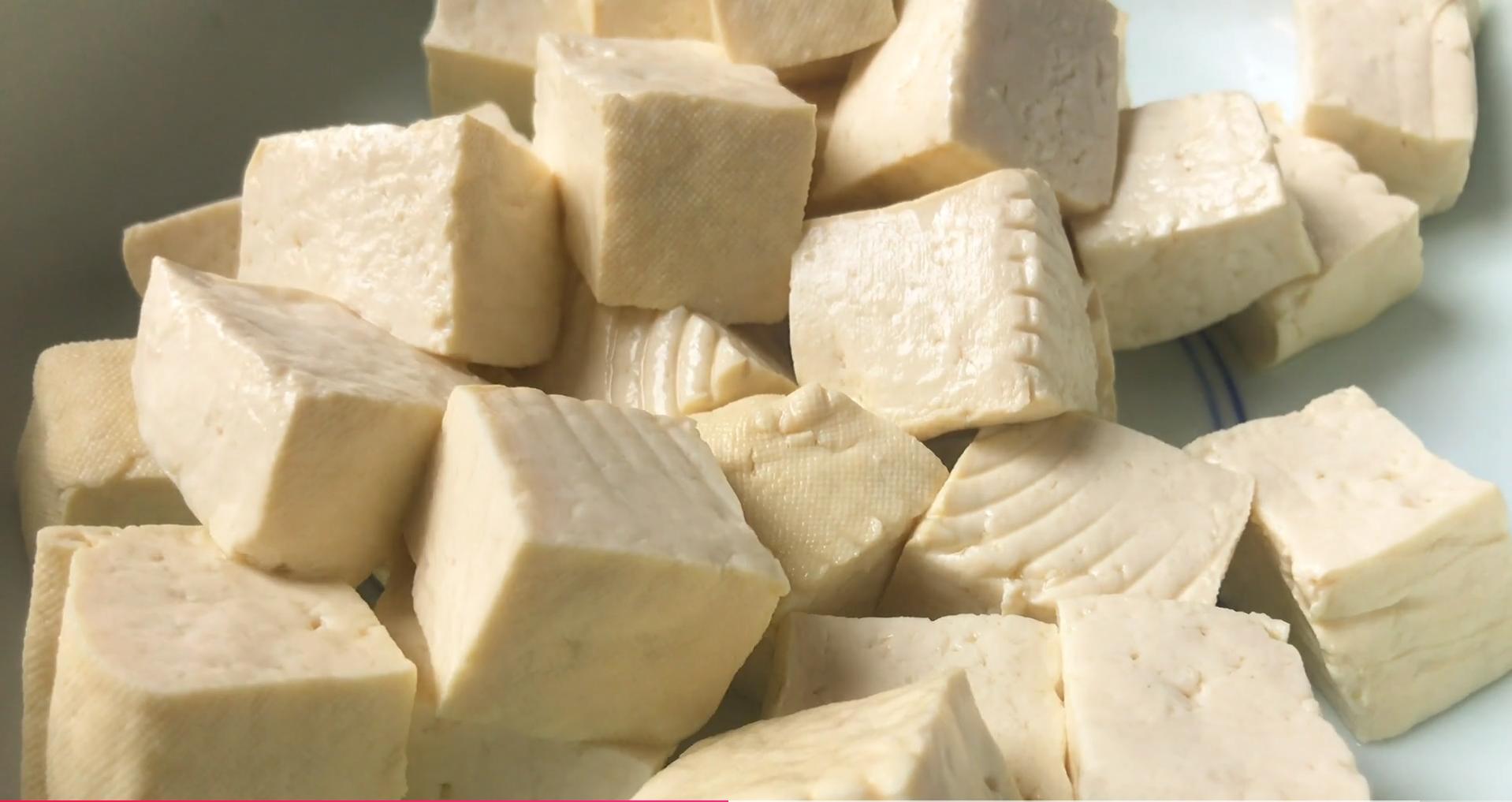 这才是豆腐最好吃的做法,简单易做,比麻婆豆腐好吃,上桌就光盘 美食做法 第8张