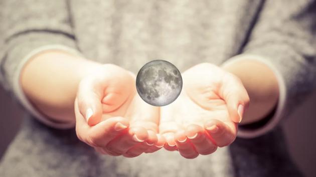 一个新的迷你月亮正走向地球,这不是自然的