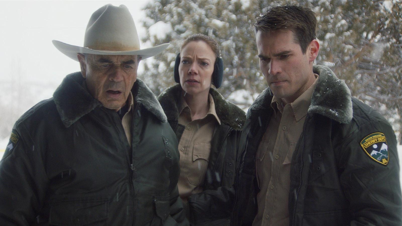 冰雪小镇命案不断,是狼人还是凶恶杀手?最新怪物电影