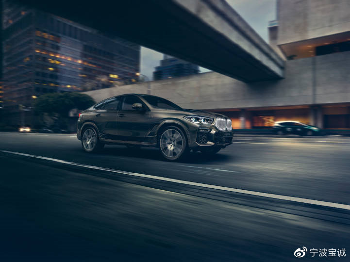 暗夜骑士,驰骋暮色 | 全新BMW X6万圣节音乐Party