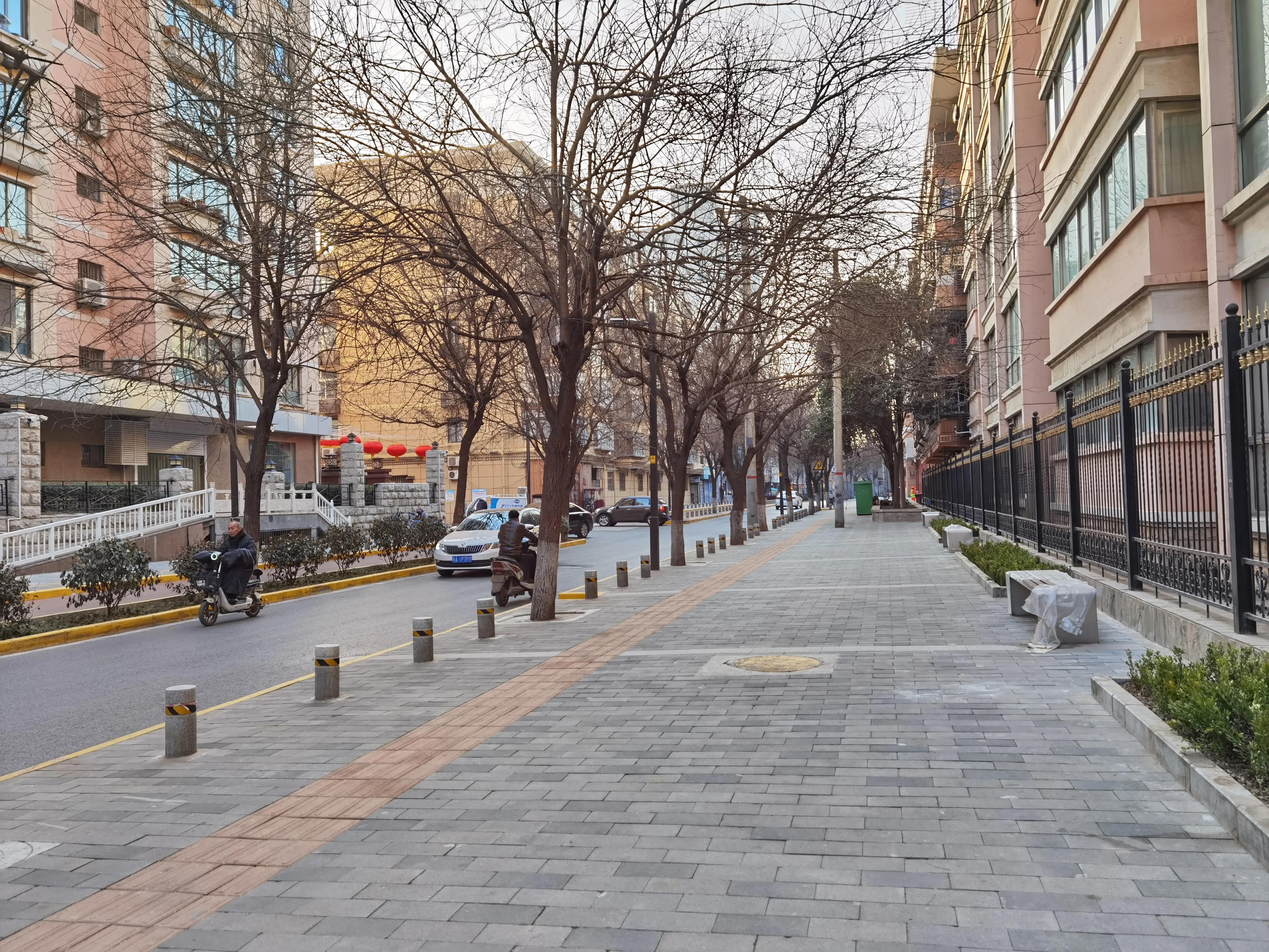 西安的街道——梁家牌楼
