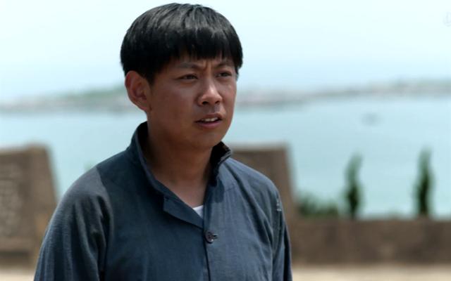 《父母爱情》成了总经理的江昌义:他对江家人的恨,源于一场饭局