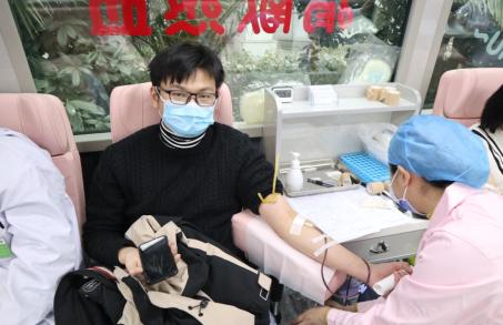 无偿献血,住培学员的暖冬行动