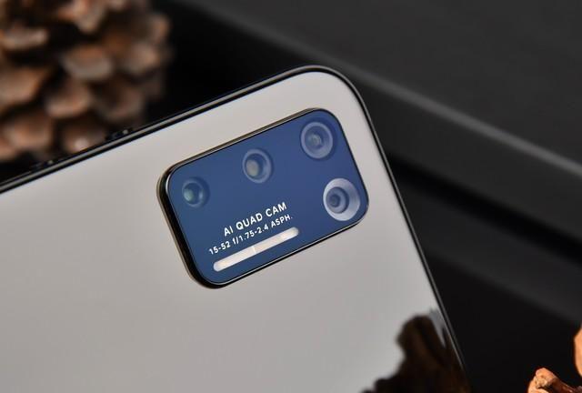 集成浴霸出現并非不经意 汇总手机上后置摄像头摄像镜头变化史